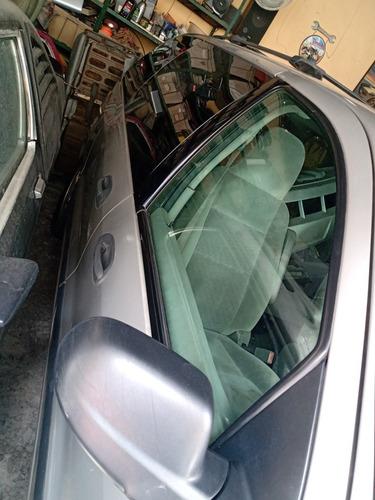 ford freestar 3.9 minivan se at 2004