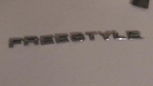 ford freestyle emblema cajuela 2005-2007