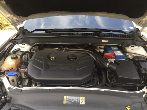 ford fusion 2.0 turbo blanco