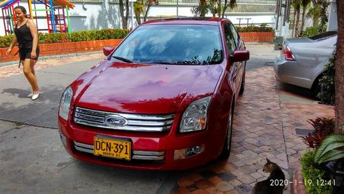 ford fusion 2009 ; motor 6v 3.000 cc ; 240 hp ; color rojo.