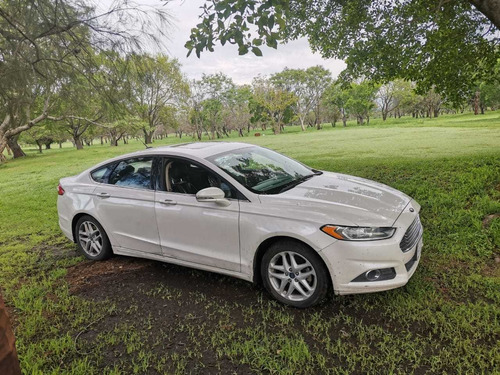 ford fusion 2.5 s mt 2014