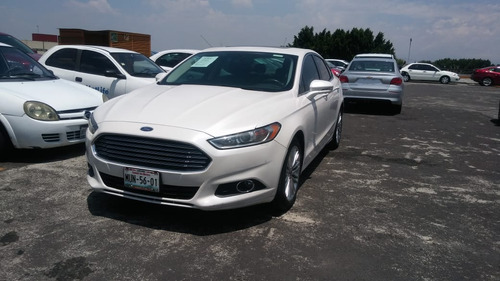 ford fusion 2.5 se luxury