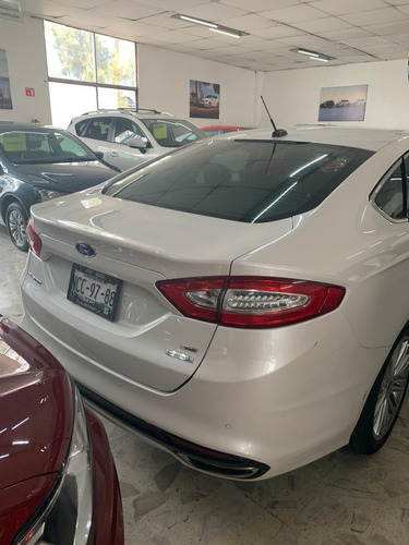 ford fusion se luxury 2016
