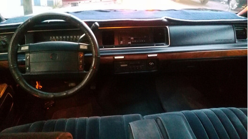 ford grand marquis analogo