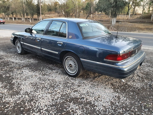ford grand marquis ls análogo at 1996