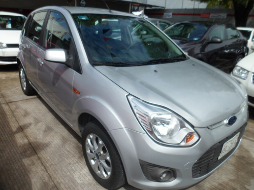 ford ikon 1.6 trend mt