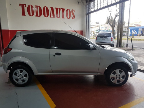ford ka 1.6 nafta fly viral año 2009 color gris plata