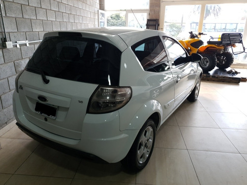 ford ka 2011 1.6 pulse top 95cv 3 puertas blanco