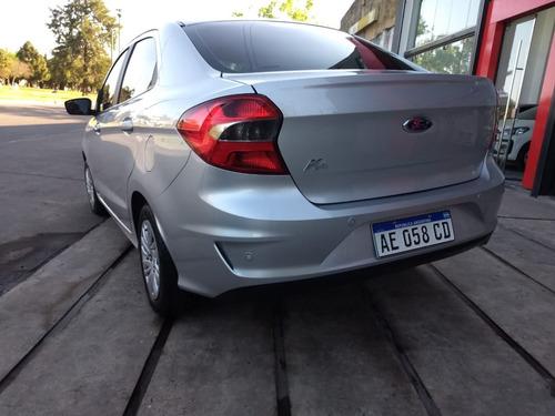 ford ka 4 puertas 1.5 se modelo 2020 plateado solo 6000km