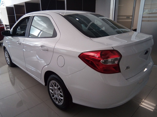 ford ka sedan nafta 1.5l  4 ptas  se