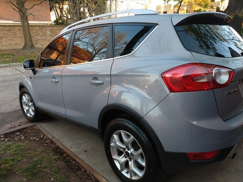 ford kuga 2.5 titanium at 4x4 (ku03) 2011