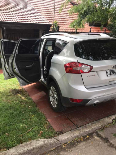 ford kuga 2.5 titanium at 4x4 l (ku05) 2013