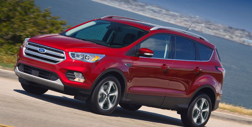 ford kuga nafta 2.0l  4x4 sel at