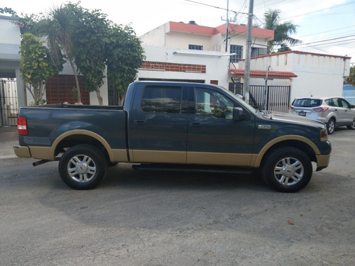 ford lobo 5.4 lariat cabina doble 4x4 mt 2004
