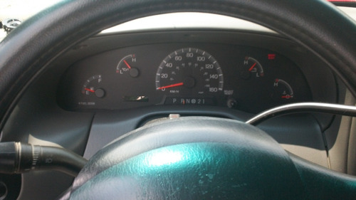 ford lobo cabina regular modelo 2002 equipada