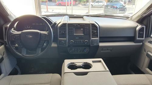 ford lobo crew cab xlt 4x2  modelo 2017
