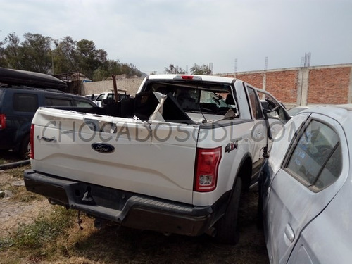 ford lobo lariat 4x4 2015¿ chocado para reparar...