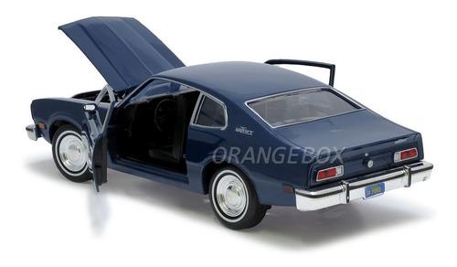 ford maverick 1974 1:24 motormax 73326-azul