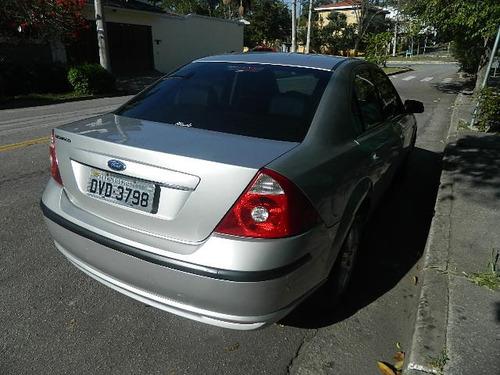 ford mondeo 2.0 ghia aut. 4p