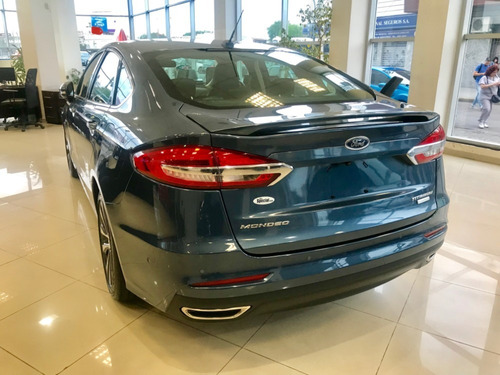 ford mondeo titanium amplio stock as2
