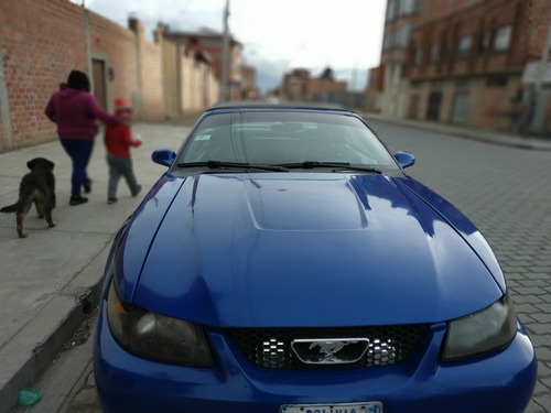 ford mustang 2003 version de lujo