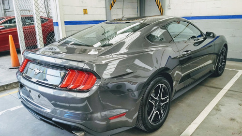 ford mustang 2.3 turbo coupe ta