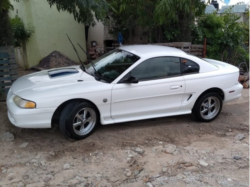 ford mustang 3.8 ocupé