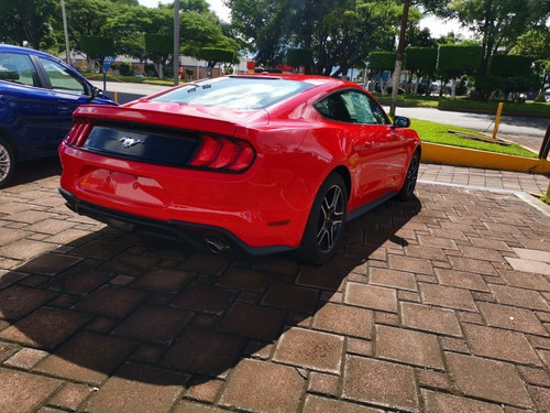 ford mustang 4 cilindros ecoboost