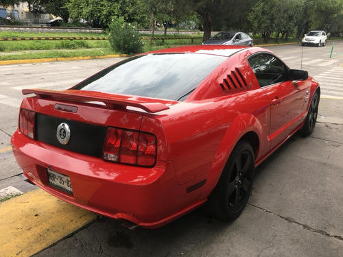 ford mustang 4.6 gt euipado piel at