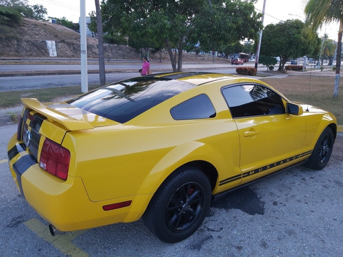 ford mustang 6cl aut
