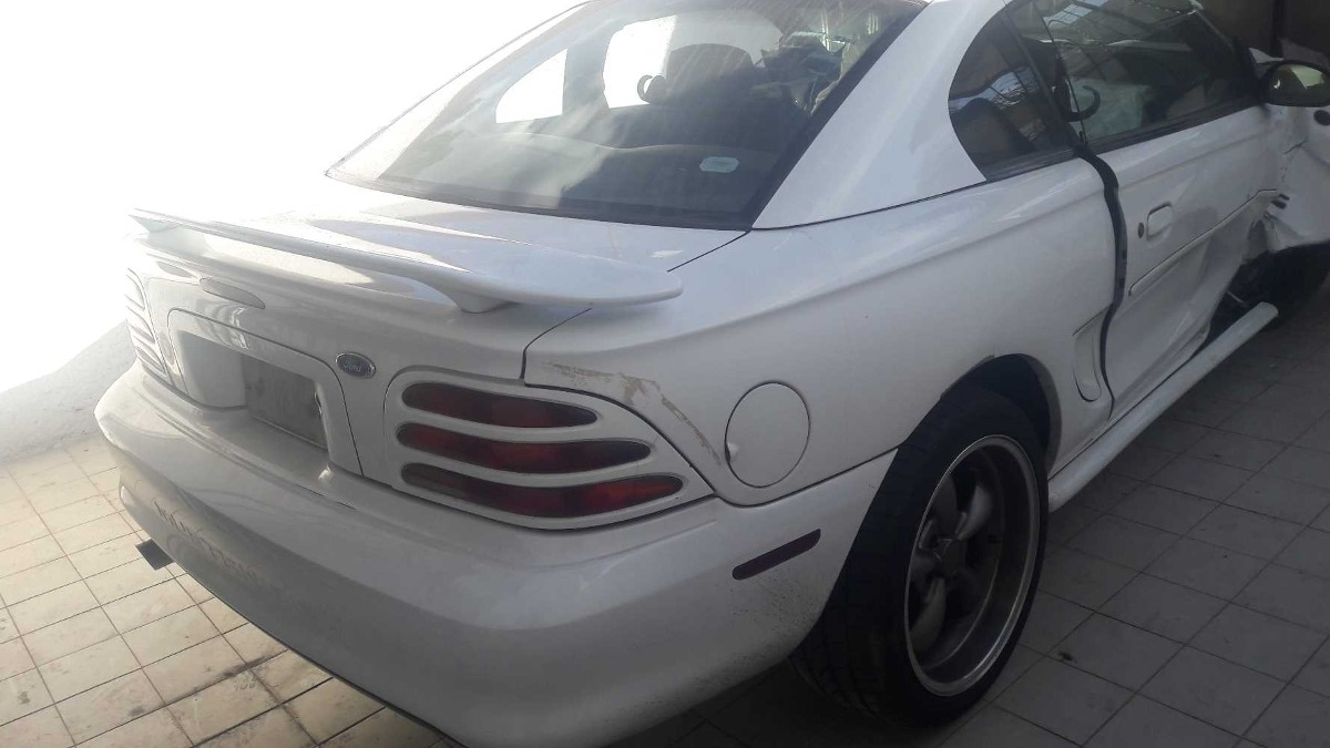 Ford mustang 95 gt motor y partes