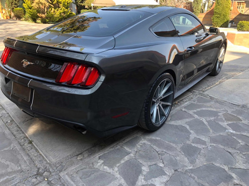ford mustang aut.