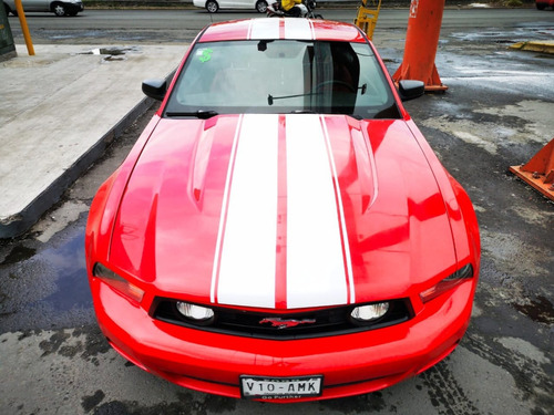 ford mustang autos