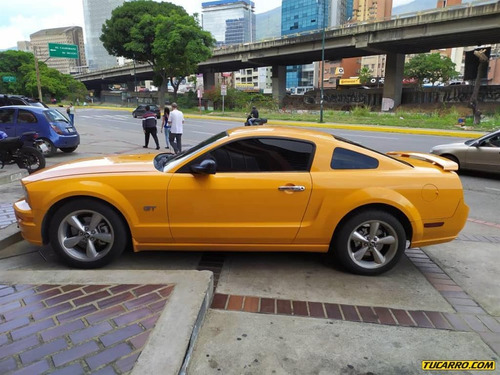 ford mustang coupe gt
