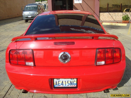 ford mustang gt - automática