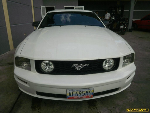 ford mustang gt automático