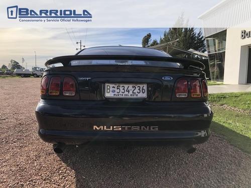 ford mustang gt coupe 2000 excelente estado - barriola