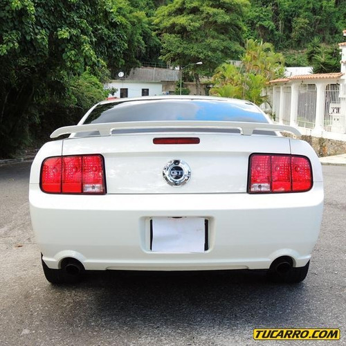 ford mustang gt-sincrónico