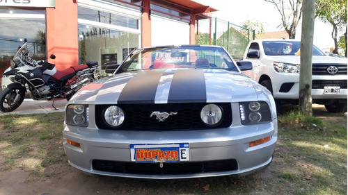 ford mustang gt v8 convertible