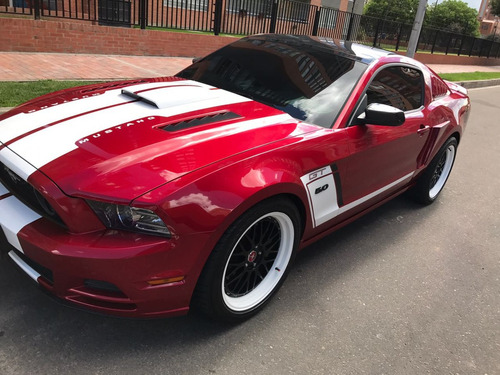 ford mustang premium gt 5.000