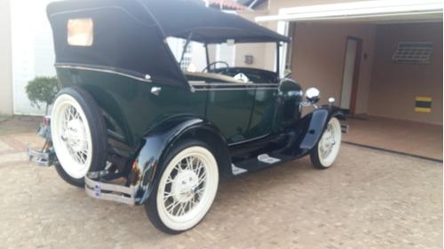 ford phaeton 1929 placa preta