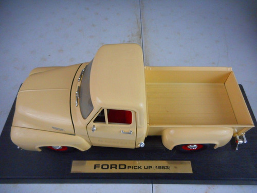 ford pick up f-100 1953 1/18 roadlegends.una belleza! nueva.