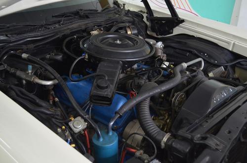 ford ranchero v8 motor 390