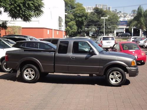 ford ranger 3.0 litros  v6  cabina y media