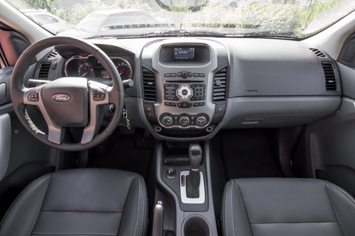 ford ranger 3.2 xlt cab. dupla 4x4 aut. 4p baixa km!