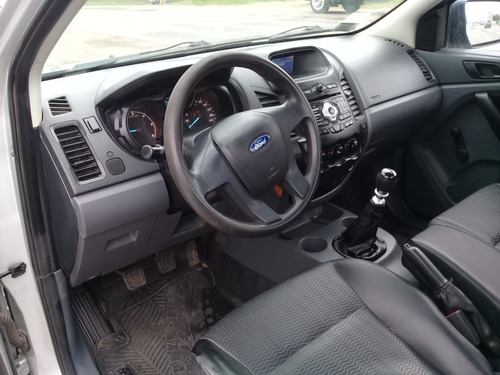 ford ranger c/s.4x2.2.2.xl.safety.2014