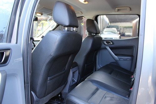 ford ranger limited 3.2 tdci manual