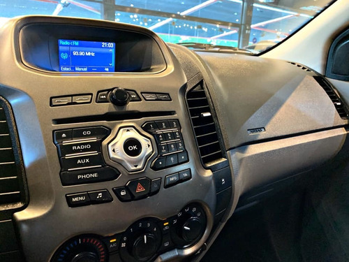 ford ranger xlt 4x4 3.2 tdi aut   2015 recibo menor/financio