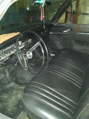 ford sedan 4 puerta