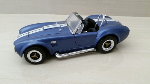 ford shelby road signature 1/18
